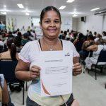 Senac e Fundat certificam mais de 300 ambulantes em curso de segurança alimentar