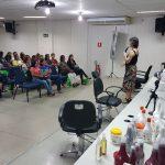 Senac e Ivia Cosmetics promovem especialização para tratamento de cabelos crespos e cacheados