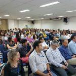 Público lota auditório para palestra sobre empreendedorismo