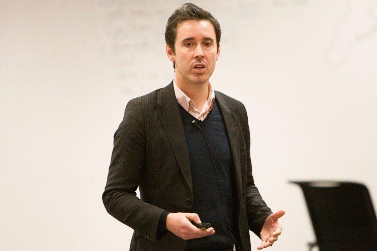 Senac recebe britânico especialista em economia criativa